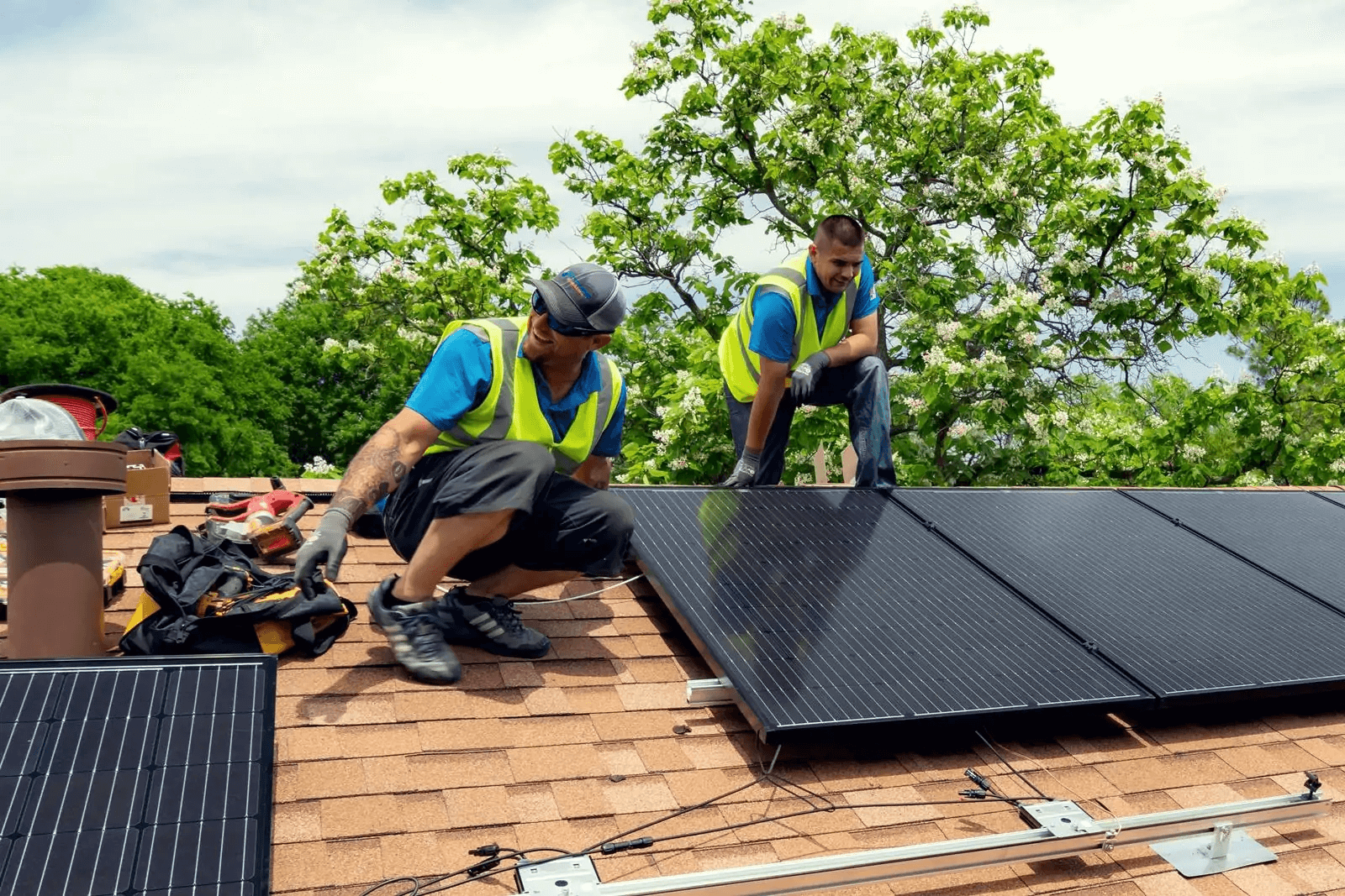 Solar Panel Installation - Kosmos Solar - North Texas Solar Energy