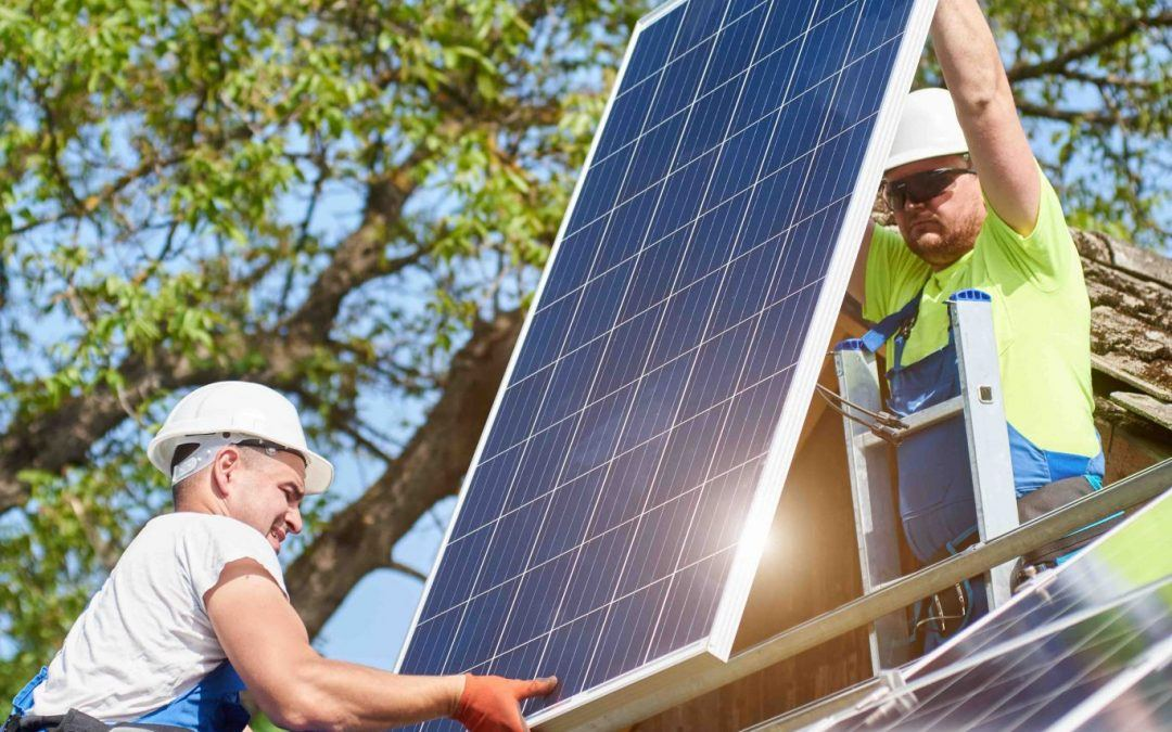 How Exactly Do Solar Panels Power a Home?