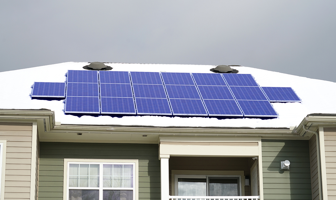 How Does Winter Weather Affect Solar Panels